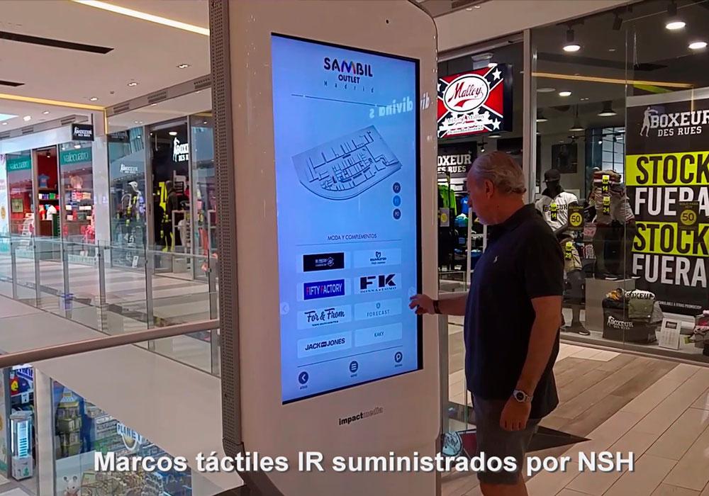 "Marcos táctiles IR 65"" en C.C. Sambil e Isla Azul (Madrid)"
