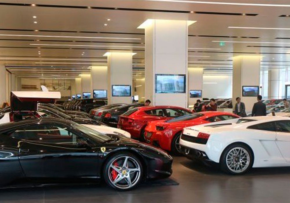 Los reproductores de BrightSign gestionan 700 pantallas del Showroom de coches de lujo más grande de China